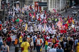 Marcha inaugura Foro Social Mundial 2018 en Brasil – tdh ...