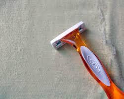 money saving tip diy sweater shaving
