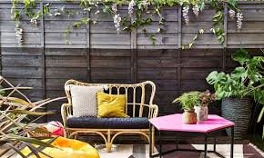 garden fence ideas how to bring