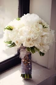 صور مسكات ورد للعروس لتزين إطلالتها في يومها المميز Yasmina