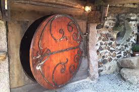 louer une maison de hobbit en bourgogne