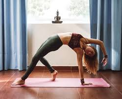 4 things to know to teach yoga abroad