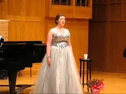 Abigail Dean Triemer (Soprano) - Short Biography