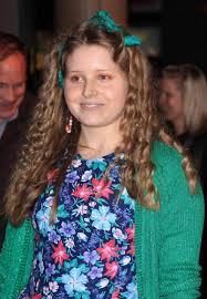 Jessie Cave Orange Makeup Green cardi - StyleFrizz | Photo Gallery