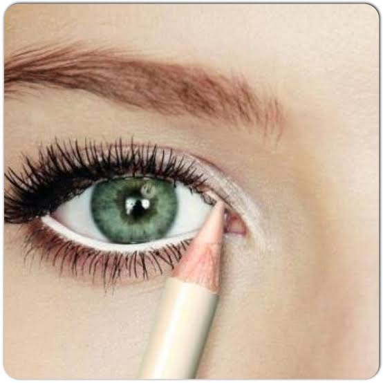 Image result for eyeliner trick: Add a pop of white.