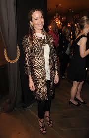 Hillary Thomas Clothes Looks - StyleBistro