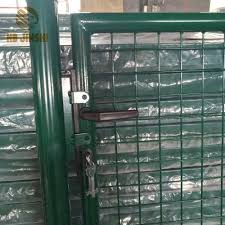 China 4 Feet Green Wire Filled Garden Fence Gate Photos Pictures Made In China Com