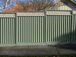 Creative Cool And Functional Metal Fence Design Ideas With Fencing Carry A Large Range Of Fences Made From Colorbond S Metal Fence Fence Design Backyard Fences