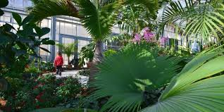 literary tour lauritzen gardens omaha ne
