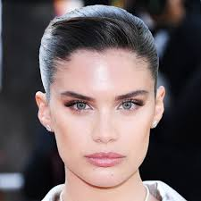 makeup looks from the cannes film