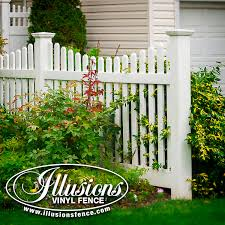 Dog Ear Picket Cap Illusions Fence