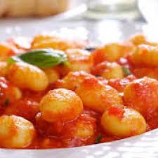 Ñoquis en salsa