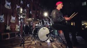 Chad Smith At Guitar Center - YouTube