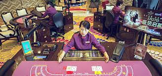 More Macau Croupiers on Problem Gambling Registry