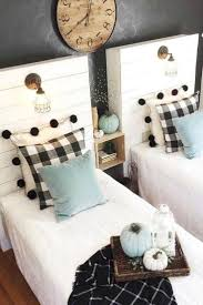 Farmhouse Kid Room Decor Shared Kid Room Design With Shiplap Beds Fabulous Modern Farm Kids Bedroom Decor Kids Bedroom Designs Modern Farmhouse Style Bedroom