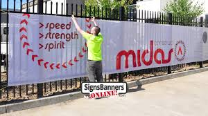 Printed Screens As Used By Contractors Construction Fence Banners Youtube