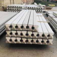 8ft Fence Posts In Wf5 Wakefield For 5 00 For Sale Shpock
