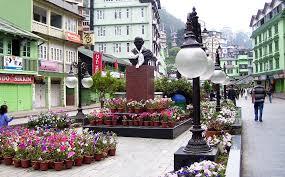 Gangtok in Sikkim, Tourist interest point in Gangtok, Best time to visit Gangtok. | North Bengal Tourism