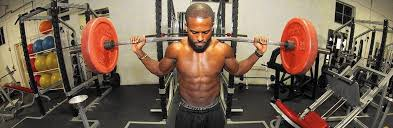 Barrington grad Aaron Reed inspires others as professional trainer -  Chicago Tribune