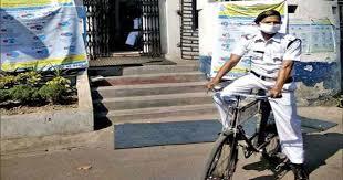 police dedication in lockdown: लॉकडाउन में 60 किमी ...