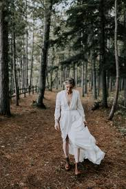 Real Wedding: Addie + James :: Modern + Romantic Lake Superior Wedding in  the Woods a&bé bridal shop