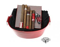 holiday gift ideas for the cigar smoker