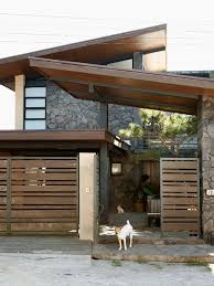 6 Gates In Modern And Contemporary Styles Gate Designs Modern House Gate Design House Fence Design