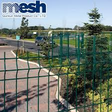 Pvc Painted 3 D Welded Wire Mesh Fencing Details From China Supplier China Welded Wire Fence And Wire Fencing Price
