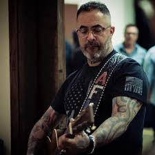 Aaron Lewis - Backstage at the Grand Ole Opry...   Facebook