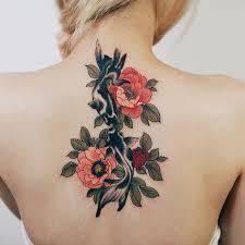Serpents et pivoines : les tatouages de Jinpil Yuu te décorent ...