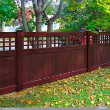 Privacy With Old English Lattice Illusions Fence