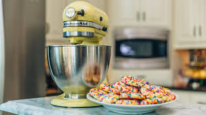 the kitchenaid stand mixer how color