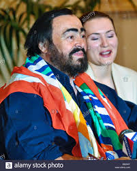 Italian tenor Luciano Pavarotti before his concert in the Ice ...