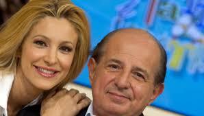 Magalli ironizza sugli ascolti di Ogni Mattina e invita Adriana ...