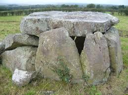 Craigs Lower Passage Grave Passage Grave : The Megalithic Portal ...
