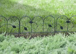 Enchanted Garden 11 X 15 Leaf Border Fence At Menards