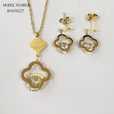 china snless steel jewelry set charm
