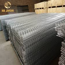 1 53m X 2 5m Galvanized Decorative Garden Welded Wire Mesh Fence Panels Buy 50x200mm Galvanized Welded Wire Mesh Panel Cheap Fence Panels Chicken Wire Fencing Panels Product On Alibaba Com