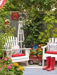 organized garden ideas for small spaces