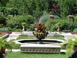 lauritzen gardens relax at the urban