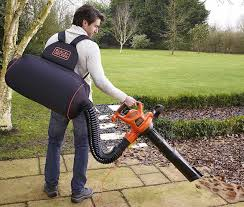 Máy hút bụi sân vườn hoặc cào cũ tốt