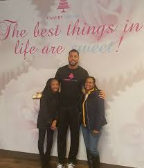 Cupcakes Most Wanted - Fellow Entrepreneur and Bakery Owner, Wes Lyons  invited us to his bakery, Cakery Square to talk entrepreneurship and  cupcakes! He is SUPER cool and SUPER tall! #Cupcakegoals! #Bakerygoals! |