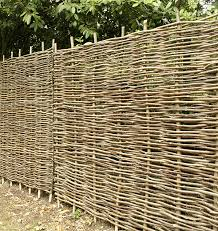 Premium 5 X Papillon Hazel Hurdle 4ft 6in 1 37m Garden Fence Panels Wattle Fencing Amazon Co Uk Garden Outdoors