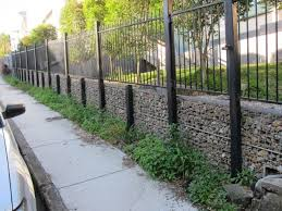 Gabion Fence West End Approx 900 H To Top Gabion Gabion Fence Fence Landscaping Natural Fence