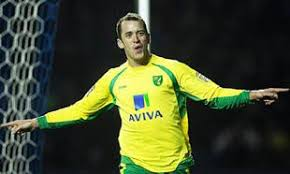Knutsford-born Norwich City forward Aaron Wilbraham donates kit to  Knutsford High School | Knutsford Guardian
