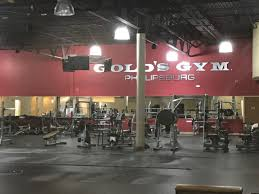 gold s gym shuts down at struggling