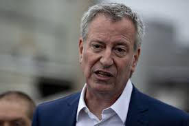Mayor Bill De Blasio admits New York City now in fiscal crisis, asks for federal help and borrowing from state