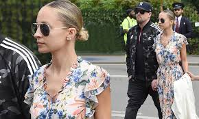 Nicole Richie and husband Joel Madden ...