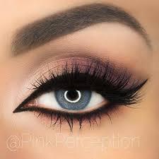 cat eye makeup tips for blue eyes