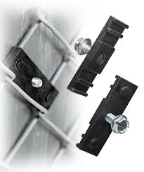 Chain Link Fence Bracket For Any Size Sign Y3521